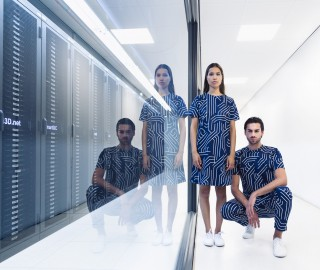 'Biometric Couture' door Maddy Ekkelkamp - Print Unlimited