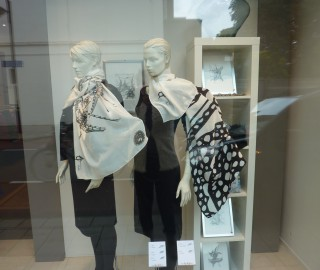 Black White Scarves - Print Unlimited